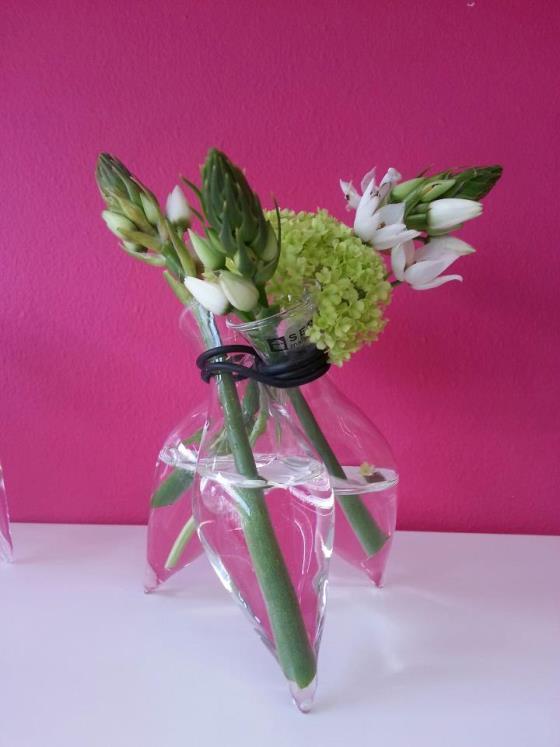 3-Flower Vase - €14,90 inclusief vulling